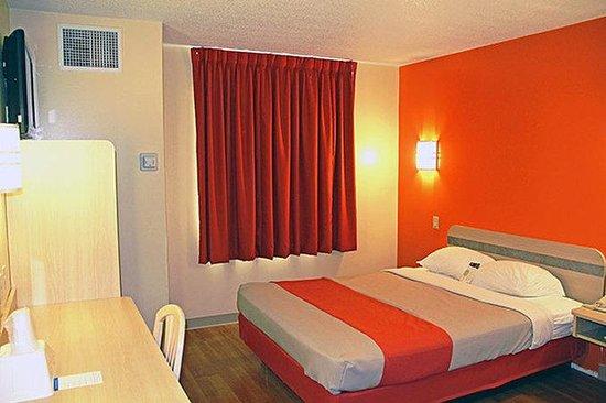 Motel 6 Sandusky-Milan