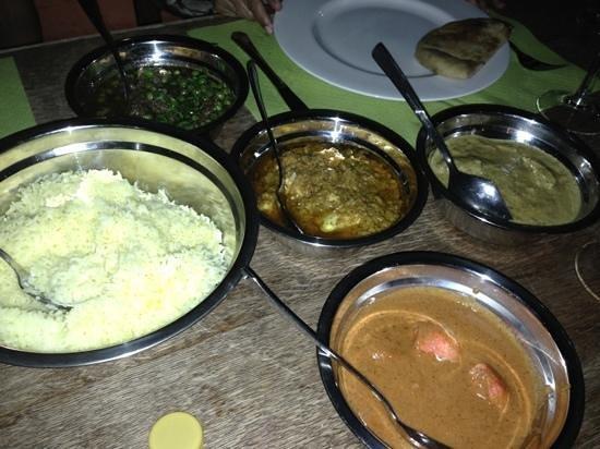 Saffron Altea Indian Restaurant: Arroz. 2 pollos y 2 corderos. espectacular