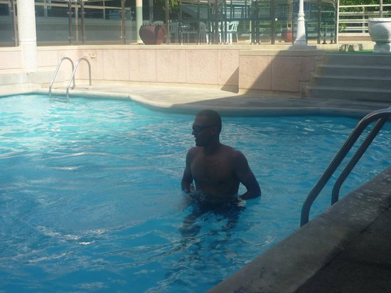 Hotel & Suites Sorrento: piscina