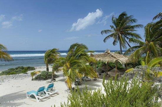 Pirates Point Resort: beachfront