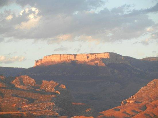 The Hideout Lodge & Guest Ranch : Copman's Tomb