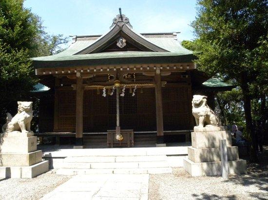 Ieshima: 三柱の神々を祀る御祭神