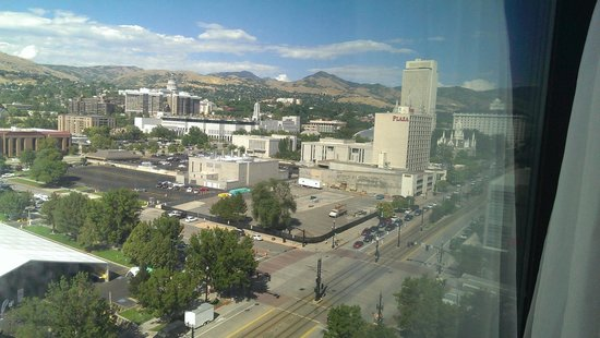 Radisson Hotel Salt Lake City Downtown: View from the 11th floor, facing northeast