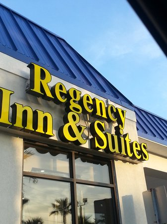 Regency Inn & Suites: Nice place