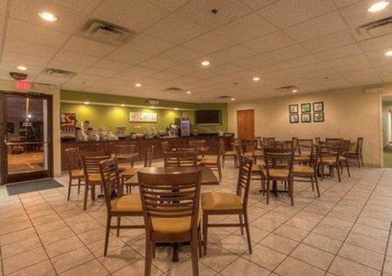 Sleep Inn Murfreesboro : breakfast area