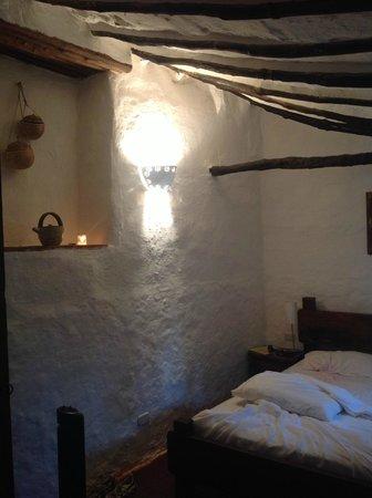 El Carambolo: Colonial Spaniard style room