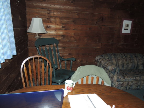 Cold Spring Lodge: Hot coffee and Wi-Fi!
