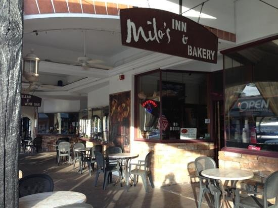 Milo's cafe and inn : outdoor seating/ entrance