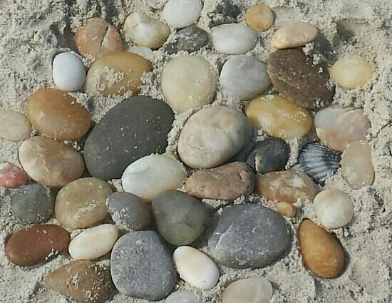 Robert Moses State Park: rocks