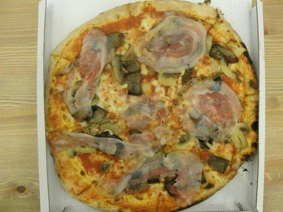 Trattoria Olimpia: Eggplant, Mushroom, and hand sliced pancetta