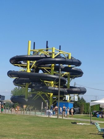 Splashdown Park: 2 tubing rides called the Black Hole! Pitch black all the way through :)