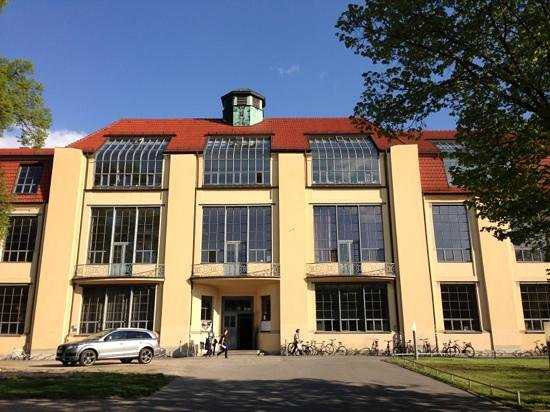 Bauhaus-Universitat: Hauptgebäude