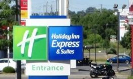 Holiday Inn Express Hotel & Suites Kingston: hotel
