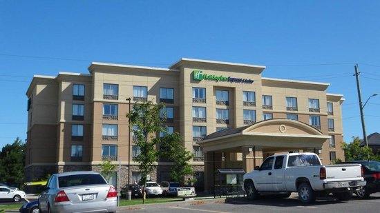 Holiday Inn Express Hotel & Suites Kingston : hotel1
