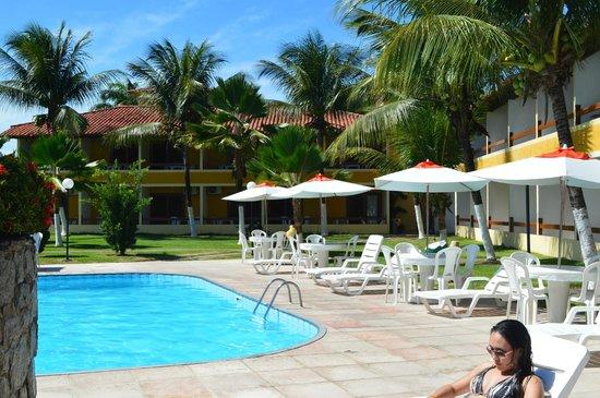 Coroa Vermelha Praia Hotel: tomando um sol na piscina (: