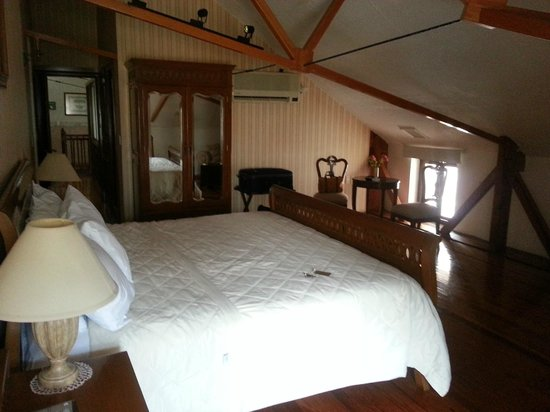 Quinta Las Acacias: Attic suite