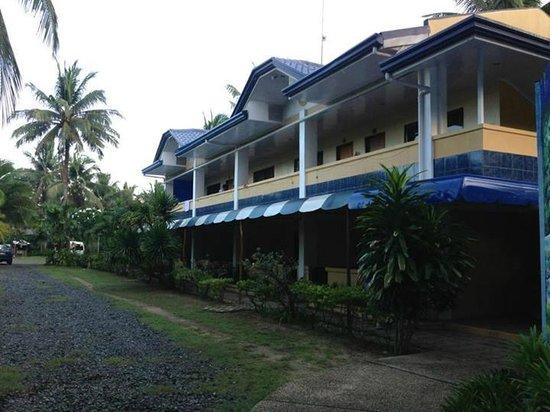 Dangkalan Beach Resort and Restaurant: The Rooms