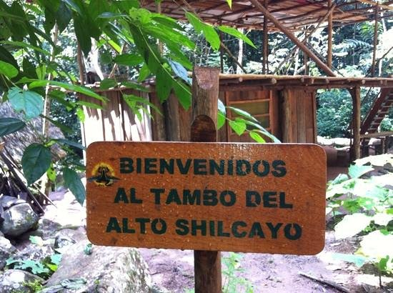 Shimiyacu Amazon Lodge: Tambo in the middle of the route