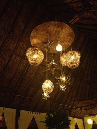 Hotel Oka'an: restaurante