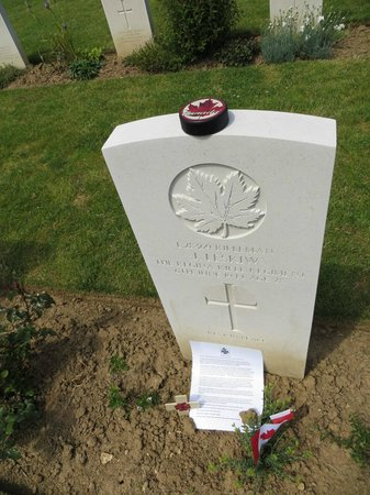 Beny-sur-Mer Canadian War Cemetery : N'oublions jamais