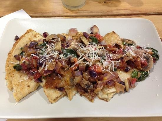 Oasis Eatery: bacon crepe