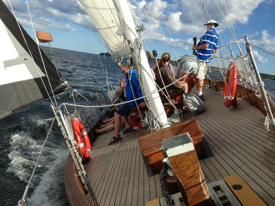 Star Charters Day Tour : A wild ride.