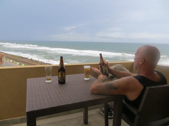 The Ocean Front : Relax