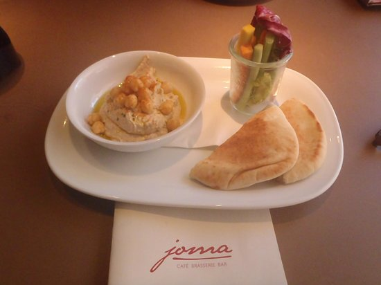 Joma: Pita with Hummus