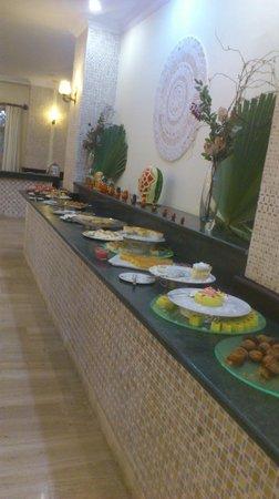 Sural Garden Hotel: Cookies, sweets