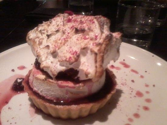 USSCo Bar & Bistro: wow! beautiful meringue, chocolate, raspberry tart.