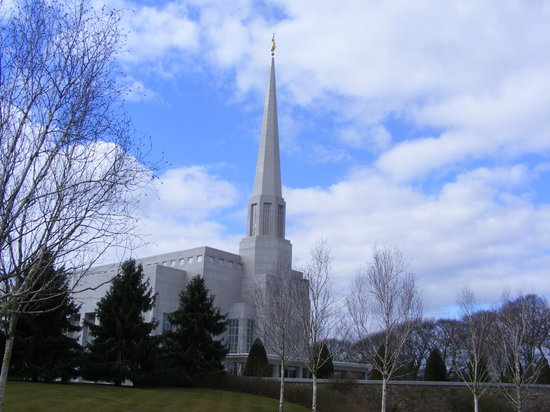 ‪Preston England LDS Mormon Temple‬