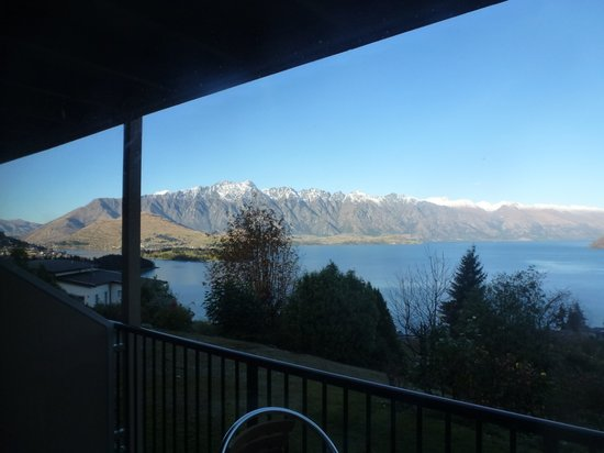 Tanoa Aspen Hotel Queenstown: View from Room