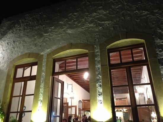 Paleos Pastry: Paleos by night
