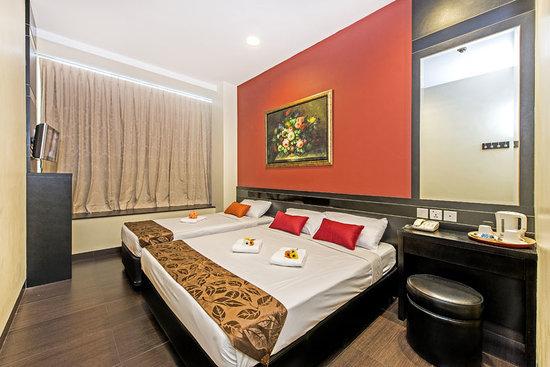 โรงแรม 81 โคแวน: Triple Room (1 queen 1 single mattresses)