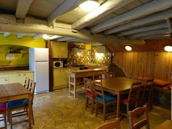 Gitamiglos: cuisine gîte La Buissonnière