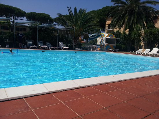 Hotel Marinella: Piscina