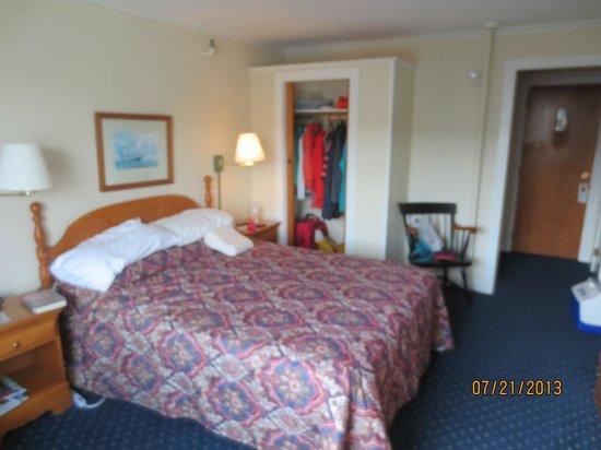 Boothbay Harbor Inn: bedroom