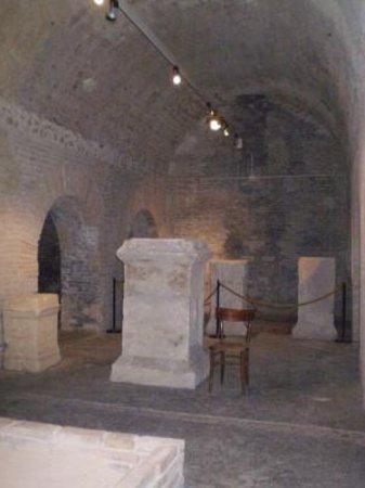 Piccole Cisterne romane