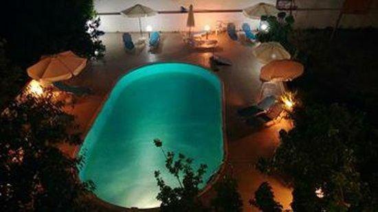 Hotel Evangelina : Hotel's pool area