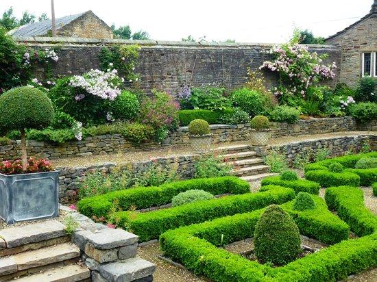 Holdsworth House Hotel & Restaurant: une partie du jardin