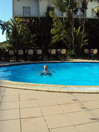 Seaview Hotel : small, but very nice pool-area