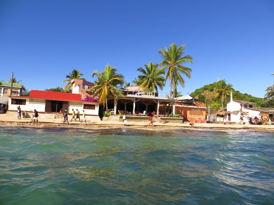 Hôtel Sarimanok : L'hôtel vu depuis l'océan