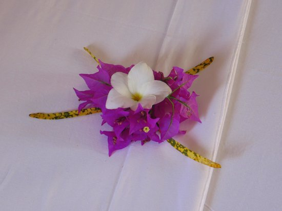 Hôtel Sarimanok : Des fleurs de bienvenue