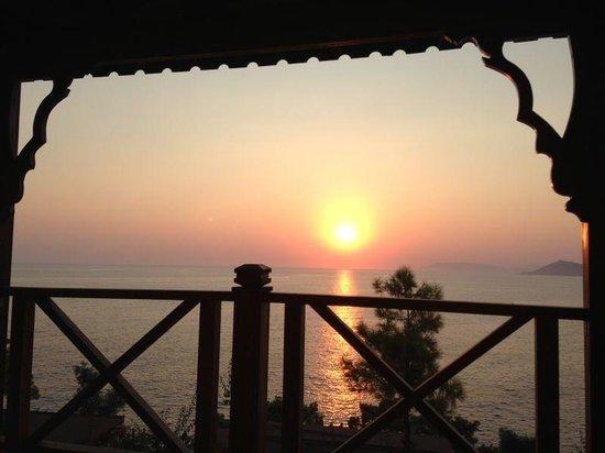 Zakros Hotel Lykia: Sunset