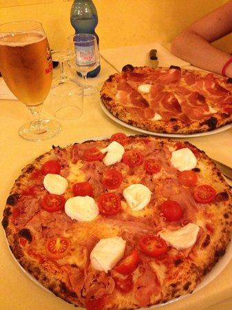 Pizzeria La Romantica Centro: pizze