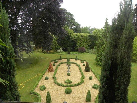 Gringley Hall: Garden