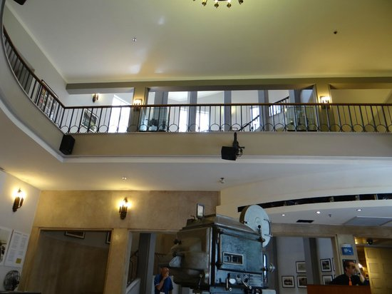 Cinema Hotel Tel Aviv - an Atlas Boutique Hotel: Внутри отеля