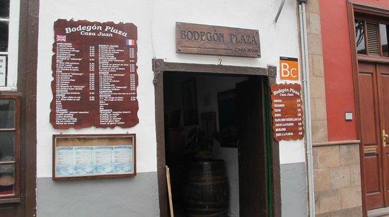 Bodegon Plaza - Casa Juan