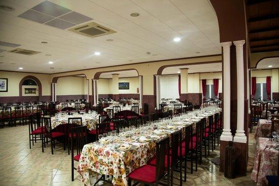 Salones picture of apartamentos fuente de la salud - Hotel casa grande baena ...
