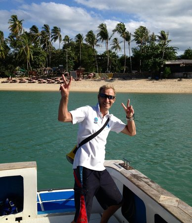 Samui Scuba Divers : Clive on the boat trip home.